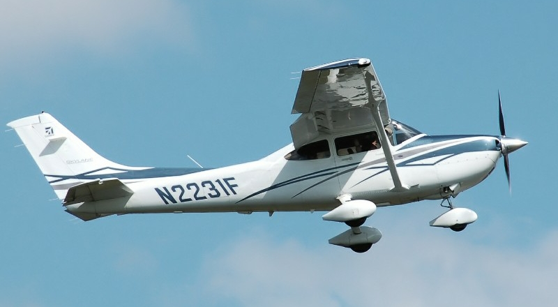Plane Small
